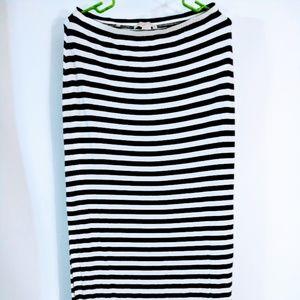 Michael Kors- maxi skirt black white stripe (0030)